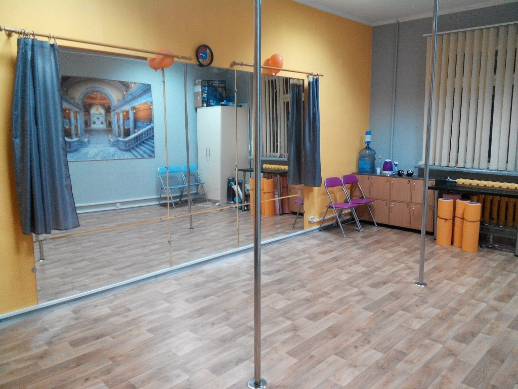 Hall with two poles